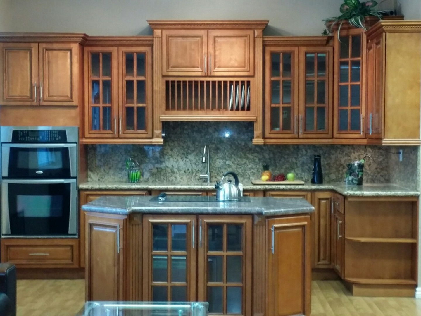 Are You Looking to Upgrade Your Kitchen Cabinets?